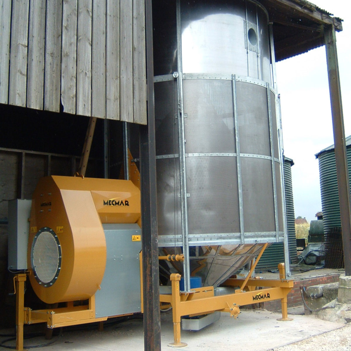 Mecmar grain drier